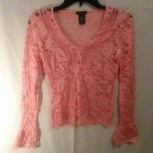 NWOT Moda lace fitted lace top